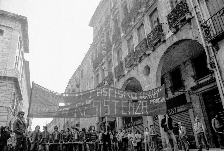 Immagine dal sito www.archivioautonomia.it