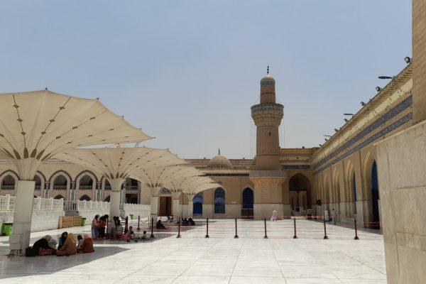 09clt-1-cortile-moschea