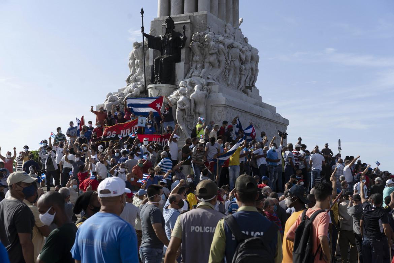 Manifestazione a sostegno del governo a L'Avana, Cuba