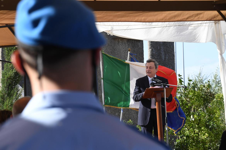 Il premier Draghi in visita al carcere di Santa Maria Capua Vetere dopo la notizia delle violenze