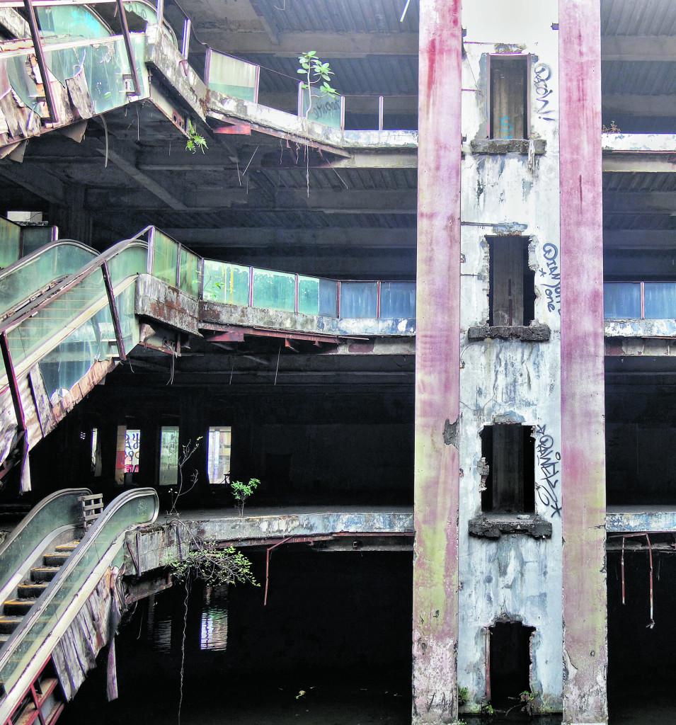 Centro commerciale abbandonato, Bangkok