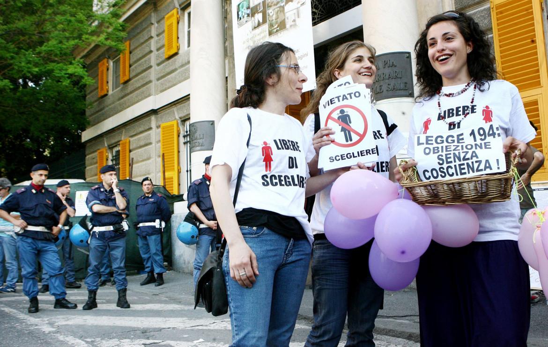 Manifestazione per il diritto all'aborto