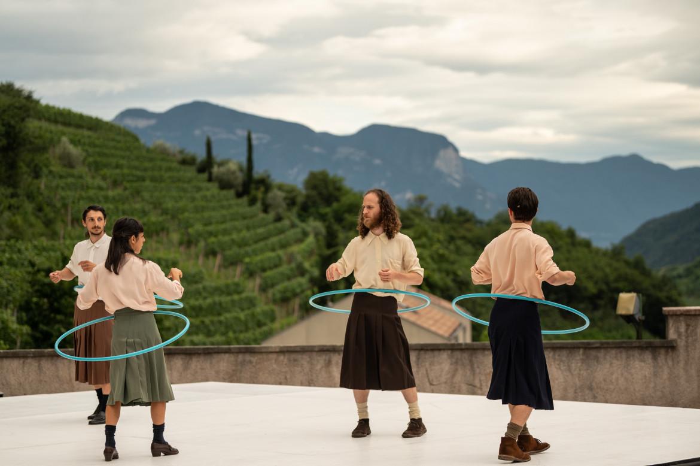 «Dialogo terzo: in a Landscape» di Alessandro Sciarroni