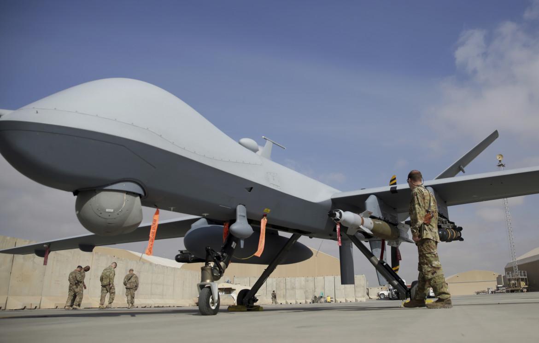 Un drone statunitense MQ-9 nella base afghana di Kandahar
