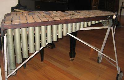 Uno dei 25 vibrafoni Leedy costruiti tra il 1924 e il 1929