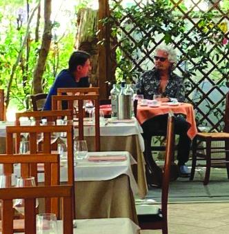 Conte a tavola con Grillo
