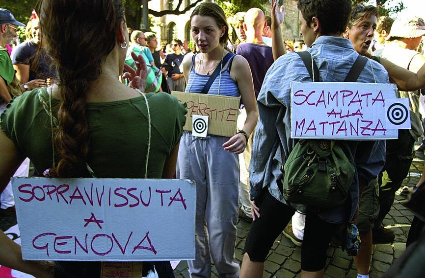 Manifestazione contro le violenze della polizia