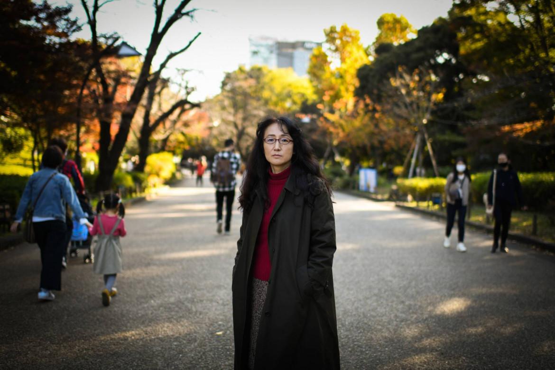 Un ritratto della scrittrice nipponica Yu Miri