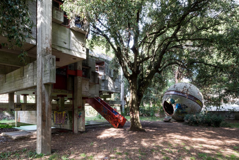 Fregene, «Casa Albero», di Giuseppe Perugini, Uga de Playsant e Raynaldo Perugini,  1968-'71