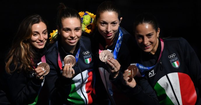 Squadra italiana della Spada femminile: da sinistra Rossella Fiamingo, Federica Isola, Mara Navarria e Alberta Santuccio