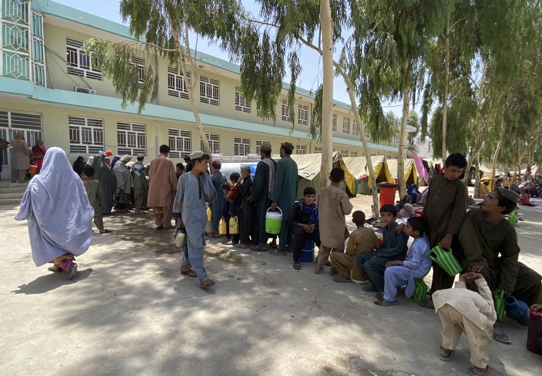 Sfollati afghani in un campo nella provincia di Kandahar