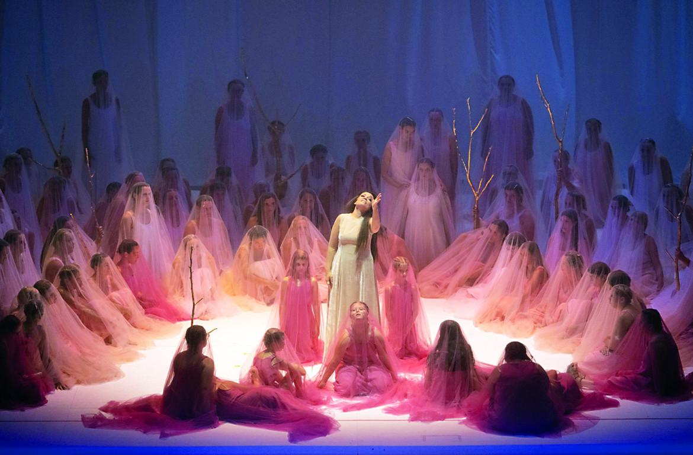Una scena da «Don Giovanni», regia di Romeo Castellucci
