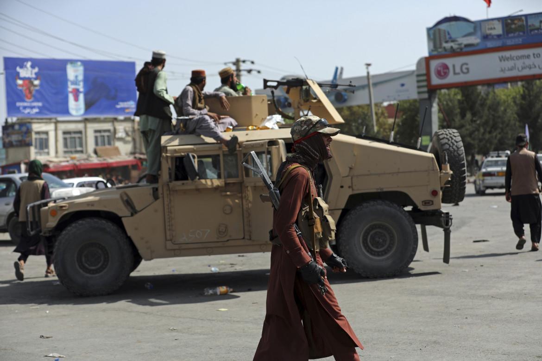 I talebani «conquistano» Kabul