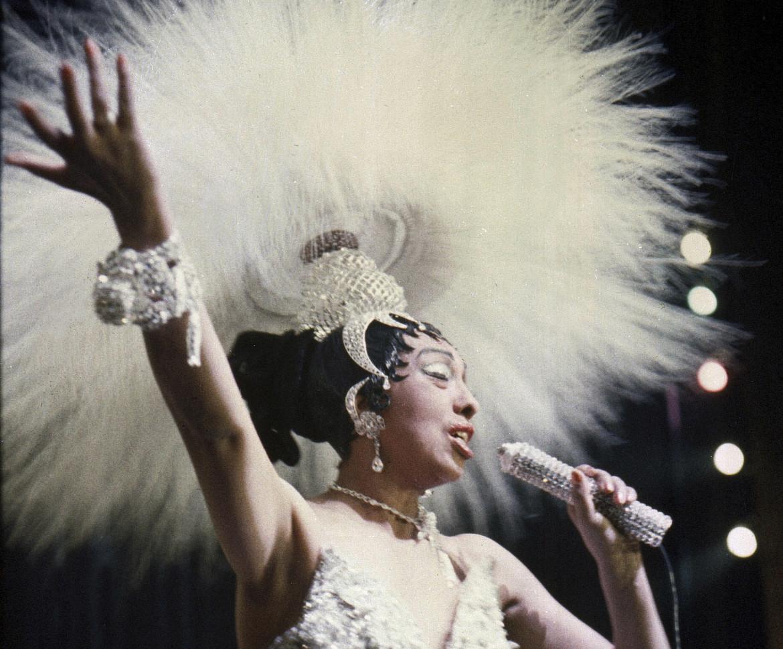 Josephine Baker durante il suo show «Paris, mes Amours» del 27 maggio 1957 a Parigi