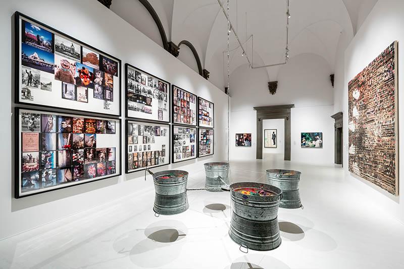 Veduta di una sala di «American Art 1961-2001» a Palazzo Strozzi