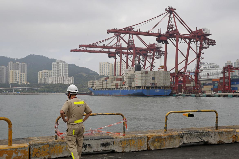 Kwai Tsing Container Terminals di Hong Kong
