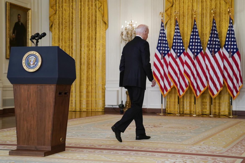 Joe Biden al termine del suo discorso di ieri sera