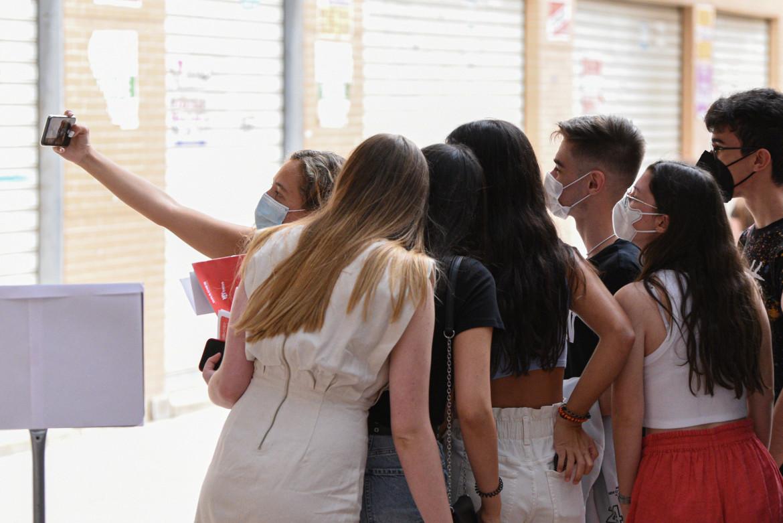 Spagna, sono partite la vaccinazioni per i ragazzi