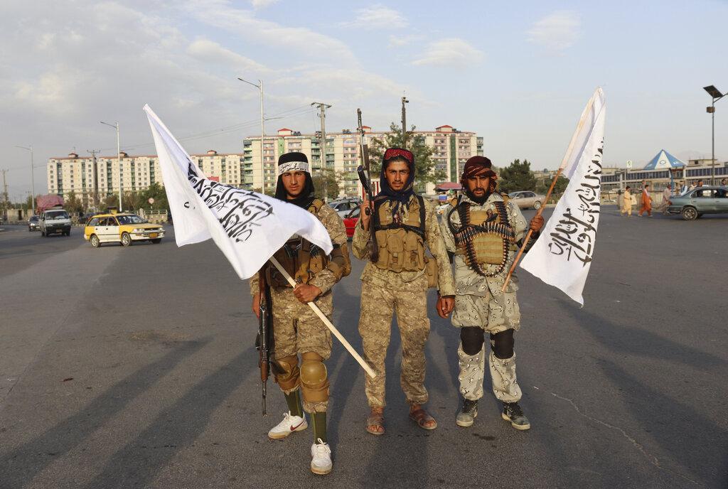 Soldati talebani ieri a Kabul
