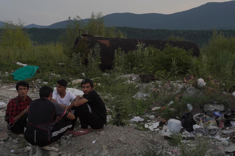 Giovani pachistani e afghani a Bihac