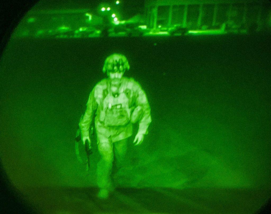 L'ultimo soldato statunitense lascia l'Afghanistan