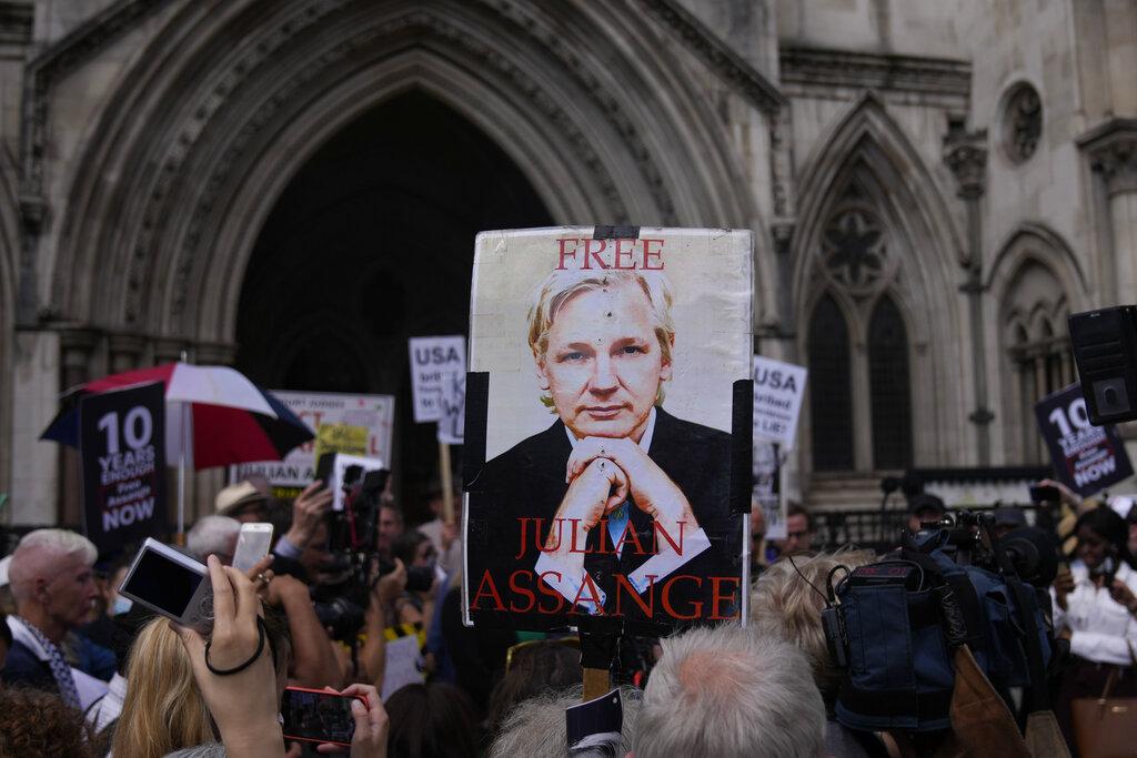 Manifestazione pro Assange a Londra