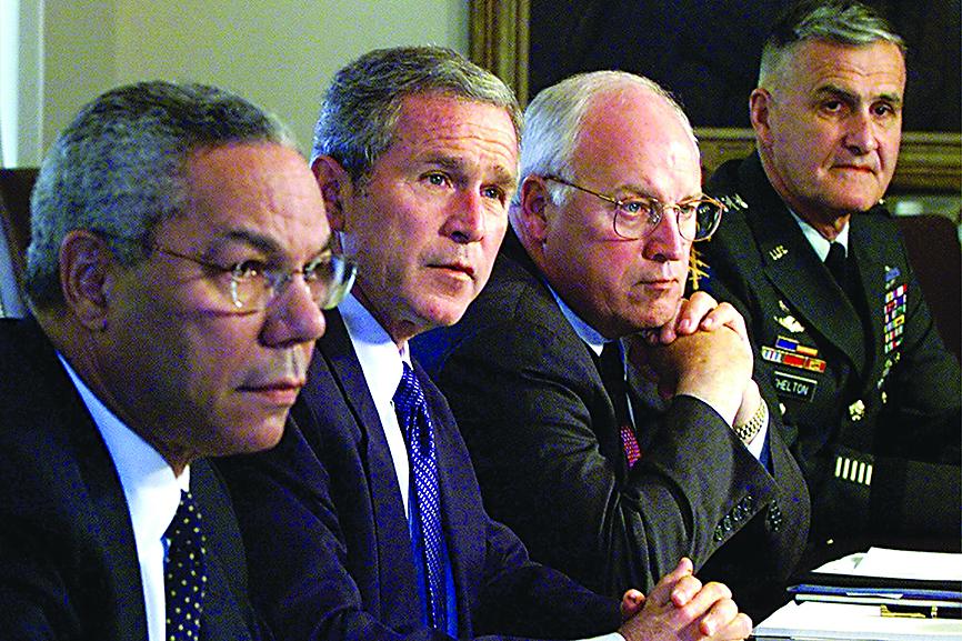 Segretario di stato Colin Powell, Presidente George W. Bush, Vice Presidente Dick Cheney, nel 2001