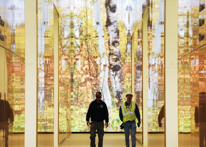 Installazione nella hall del 4 World Trade Center a New York