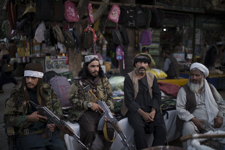 Combattenti talebani a Kabul