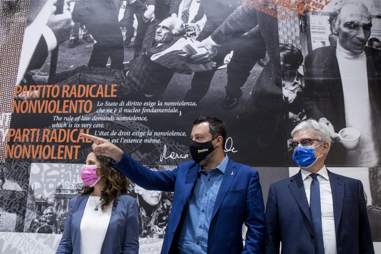 Presentazione dei referendum sulla Giustizia promossi da Lega e Partito Radicale. Nella foto Irene Testa, Matteo Salvini, Maurizio Turco