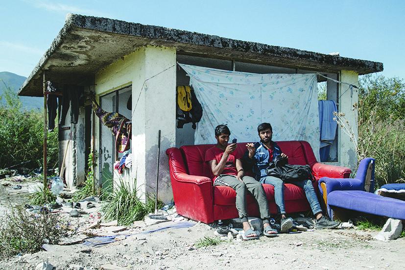 Accampamenti di migranti asiatici al confine tra Bosnia Erzegovina e Croazia