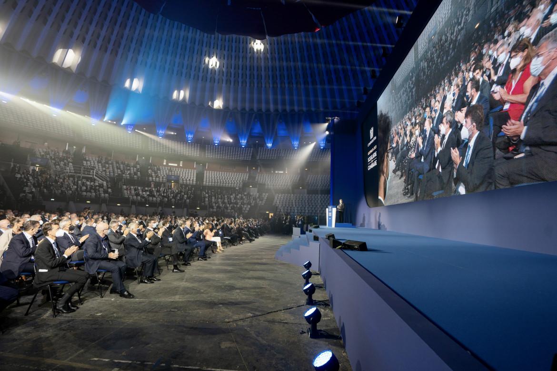 la platea dell'assemblea dell'Eur  durante l'intervento di Mario Draghi