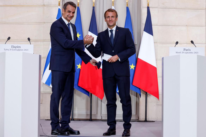 Macron e Mitsotakis all'Eliseo