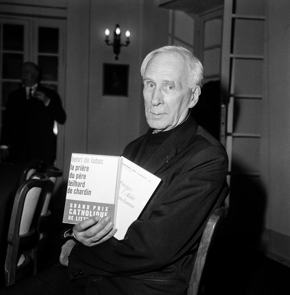 Henri De Lubac a Parigi nel marzo 1968, dopo aver ricevuto il Grand Prix cattolico di Letteratura, foto Getty Images