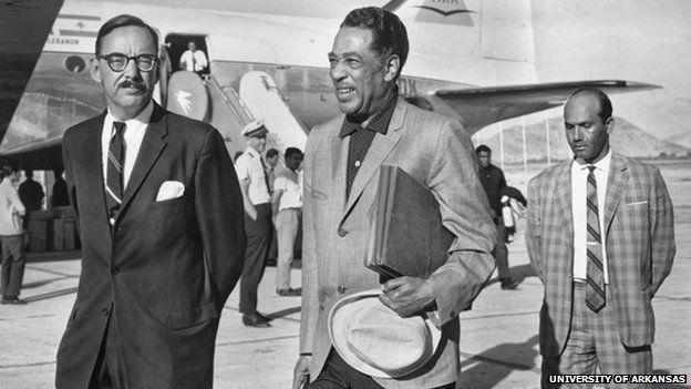Duke Ellington all'aeroporto di Kabul nel 1963