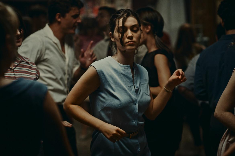 Anamaria Vartolomei in una scena da «L'événement»