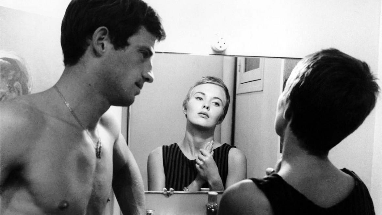 Belmondo con Jean Seberg in una scena di «Fino all'ultimo respiro»