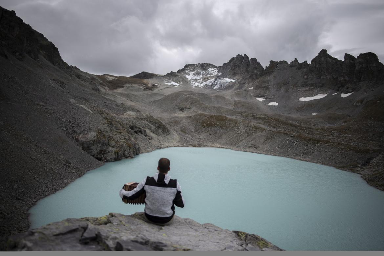 Iniziativa per il clima al ghiacciaio Pizol sulle Alpi svizzere