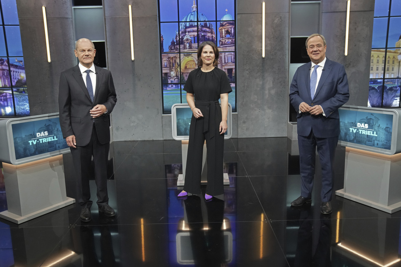 L'ultimo confronto tv tra Olaf Scholz, Annalena Baerbock e Armin Laschet