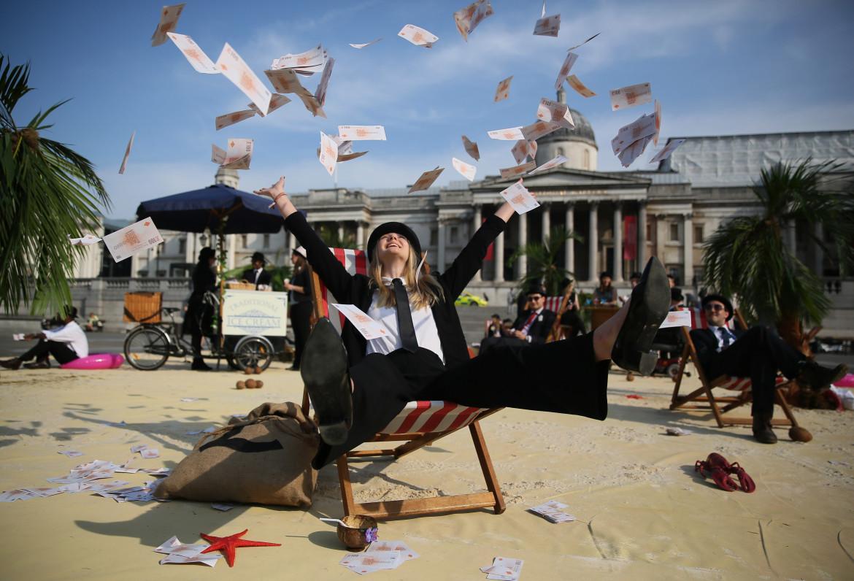 Una protesta contro i paradisi fiscali a Trafalgar Square