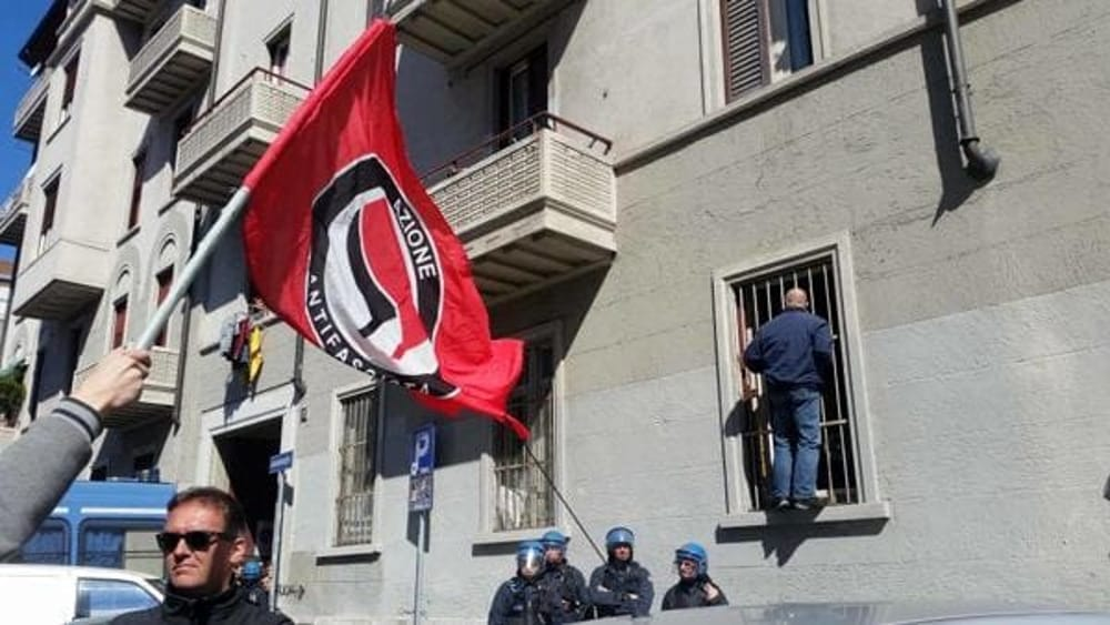 Milano, la sede di Forza Nuova a via Palmieri