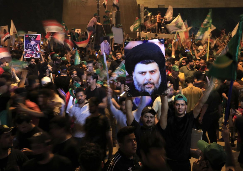 La festa dei sostenitori di Moqtada al-Sadr