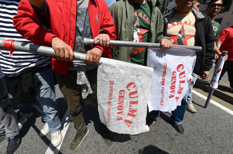 Protesta dei portuali di Genova