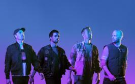 Un tuffo sci fi per i Coldplay