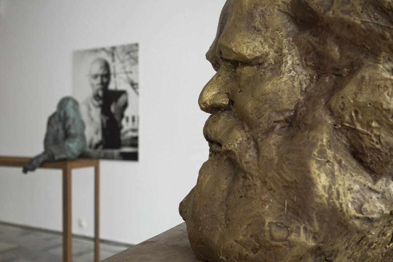 rzysztof M. Bednarski, «Ritratto totale di Karl Marx», da «Esorcismi», 2013