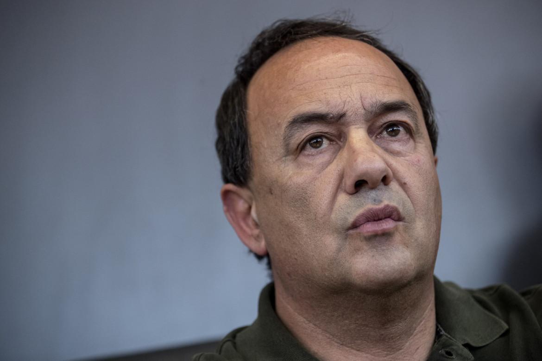 L'ex sindaco di Riace Domenico Lucano