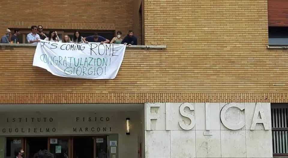 L'omaggio degli studenti di fisica di Roma 1 a Giorgio Parisi